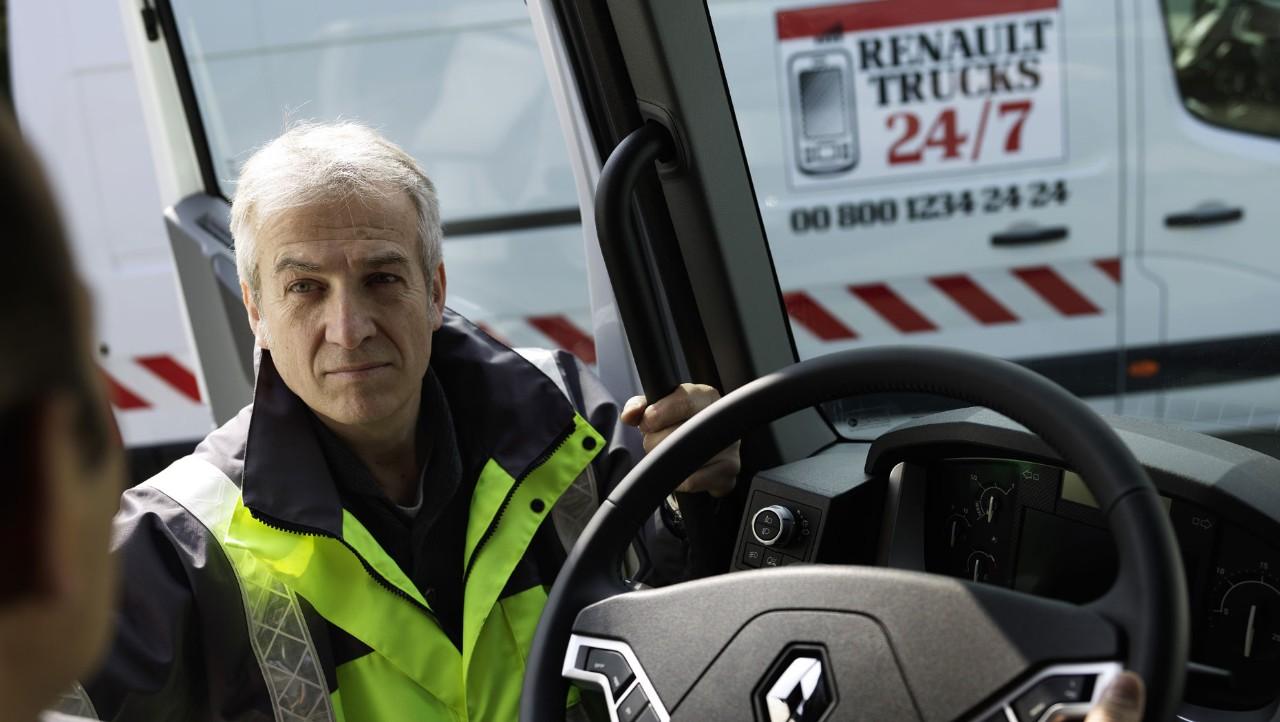 Renault Trucks 24/7 - veihjelp. Foto.